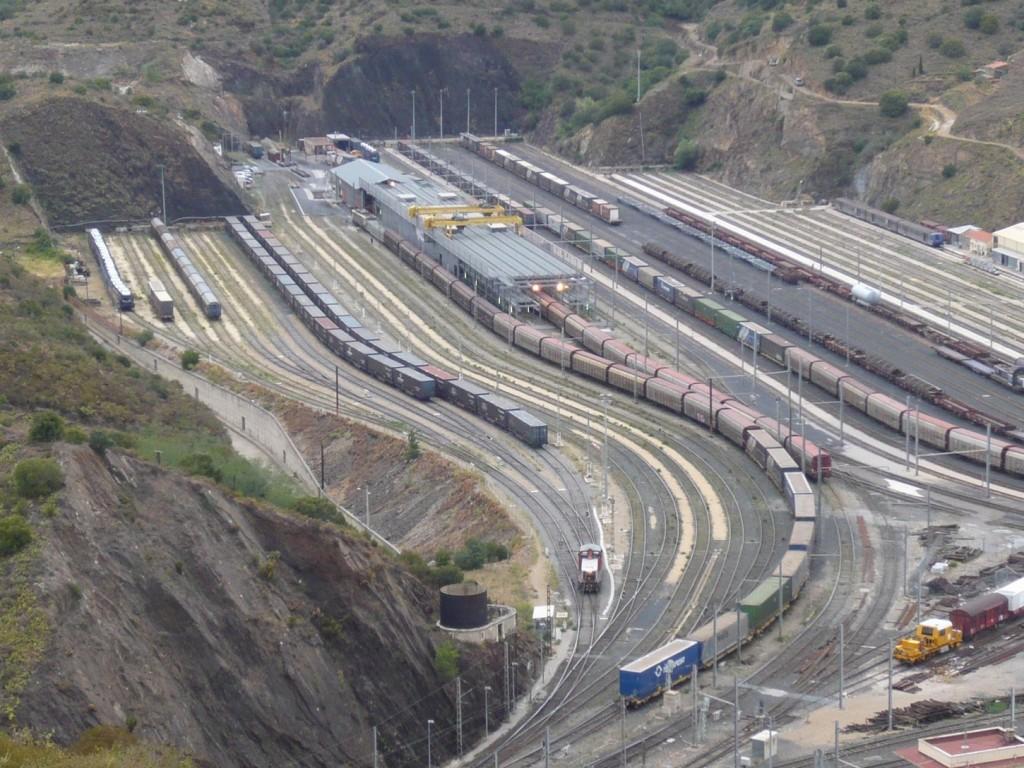 Le service public du rail pour répondre aux besoins de transport propres, surs, efficace, nous en avons l'utilité sur le Vallespir, les Albères, la Côte Vermeille, Illibéris.